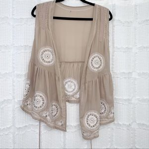 American Rag | boho style embroidered vest L